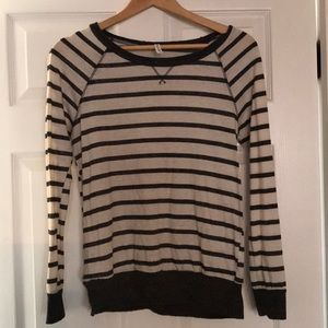 Women's medium striped shirt